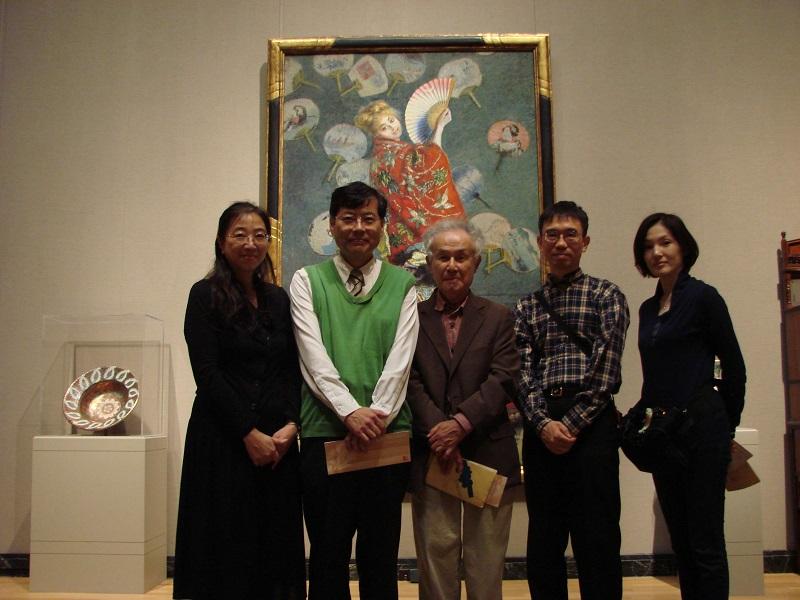 2010年・ボストン(アメリカ)にて。ボストン美術館の「ラ・ジャポネーズ」の前で